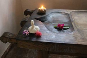 Churnam Khizi massage at Kailasam Yoga