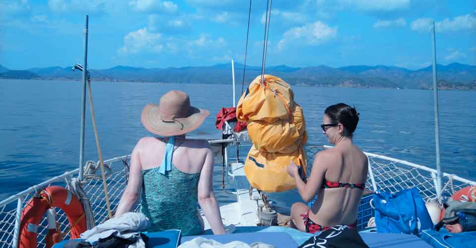 Boat trip on yoga holiday in Turkey
